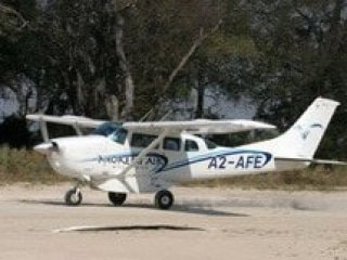 Light Aircraft used in tailor-made itineraries
