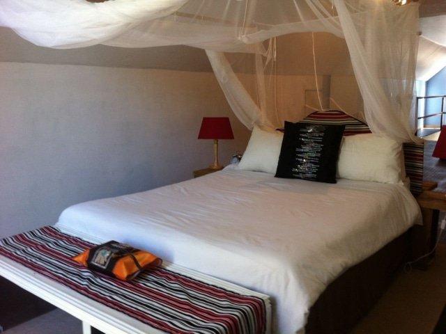 BSUS 12-day Botswana Lodge Safari (Accommodated)