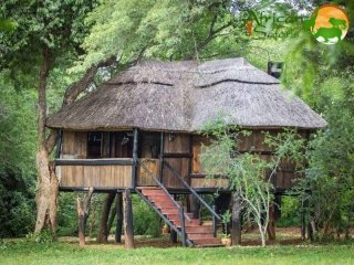 3 to 4 Star Accommodation