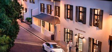 More Quarters Hotel