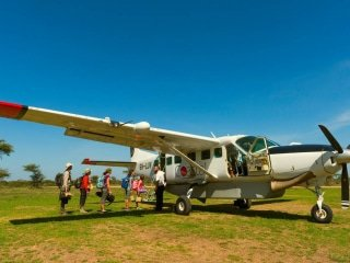 Light Aircraft Transfers - Fly in Safaris