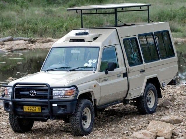 Safari vehicles used for road-based tailor-made safaris