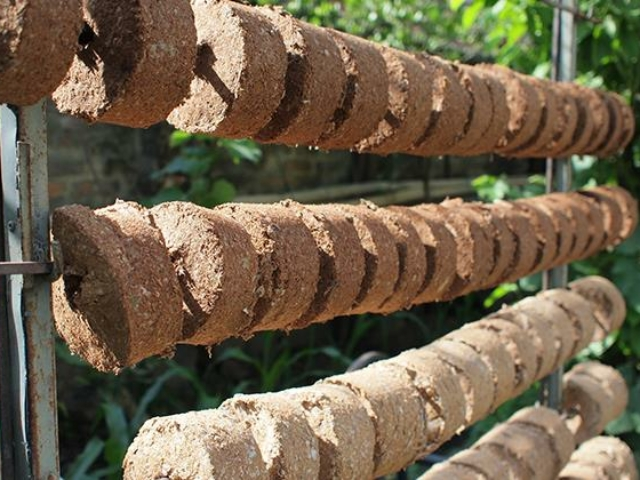 Kuni briquettes